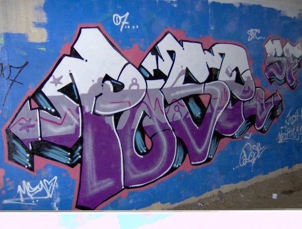 Pose_Purple_Piece_by_poseone.jpg.04a03e95a03a968d32e22432cc417765.jpg