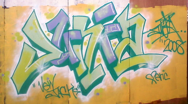 Junia_Green_Purple_by_poseone.jpg.aa6969313ac0010deacdb46557b47e26.jpg