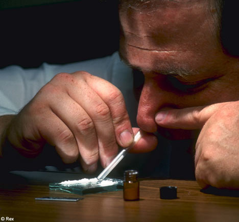 Cocaine.jpg.0516aa3845213db90e16b00f6cee74c2.jpg