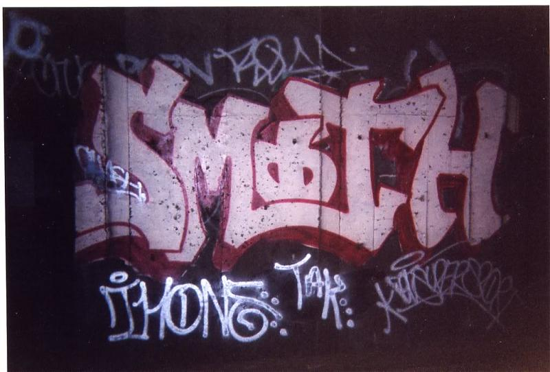1_Smith_Revs_Graffiti.jpg.c3343a2dde458755c9ab8d9d5cdcabc4.jpg