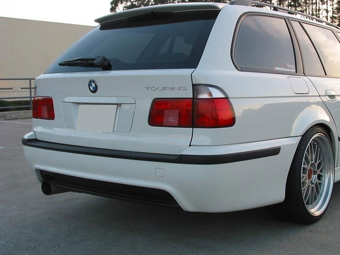BMW-E39-WAGON-M-TECH-REAR-BUMPER.jpg.ae8c100a80c6f3ac99a99cf3ca3cfbef.jpg
