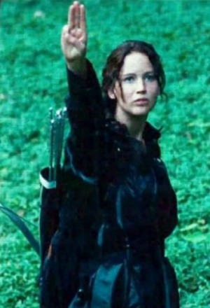 katniss-three-finger-salute.jpg.405c0cb05d4a36277c9793407fa0acd3.jpg