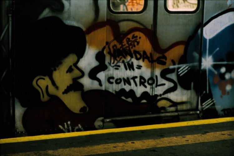 1980s-New-York-graffiti.jpg.db3616064d15edf143c22b79e3c3c2c6.jpg