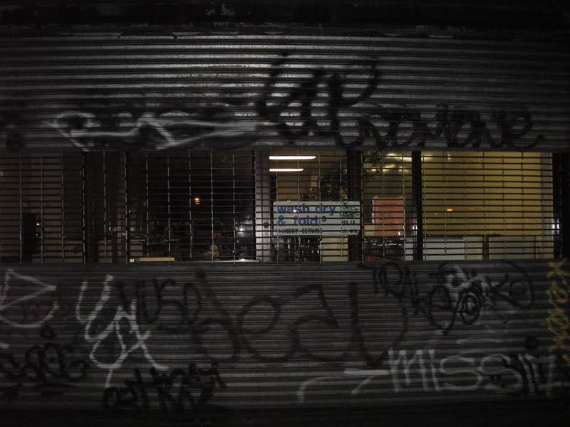 6_Sue_Deal_Trake_Host_Dom_Graffiti.jpg.630d407d2ed6aff381d225e8ce5ef455.jpg