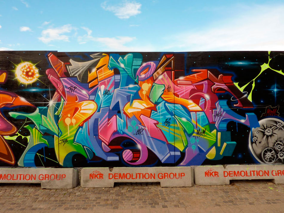 batesx2_graffiti-mtn3.jpg.eb5e0938cfeedfd3013df1d5294acaac.jpg