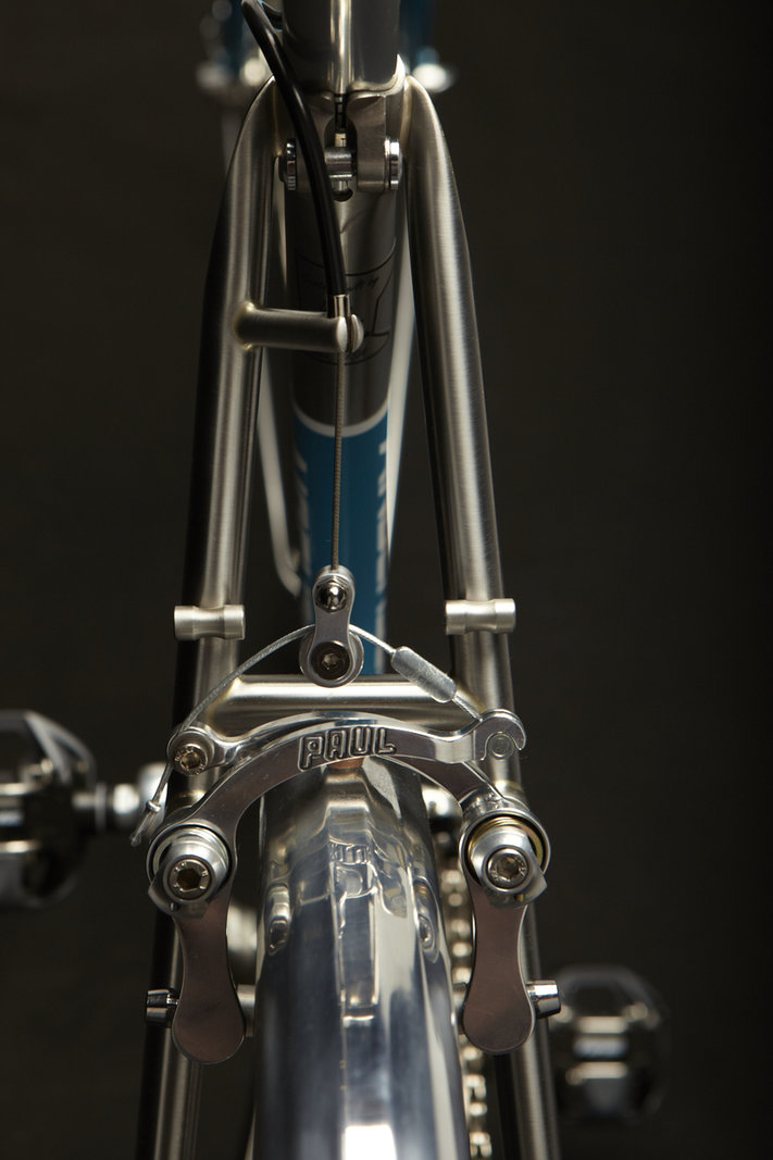 Anderson-Custom-Bicycles-04601.thumb.jpg.8cecaea302a906ff9bd79acfca5c17fb.jpg