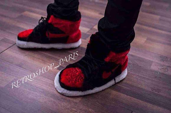 air-jordan-1-bred-slippers-1.jpg
