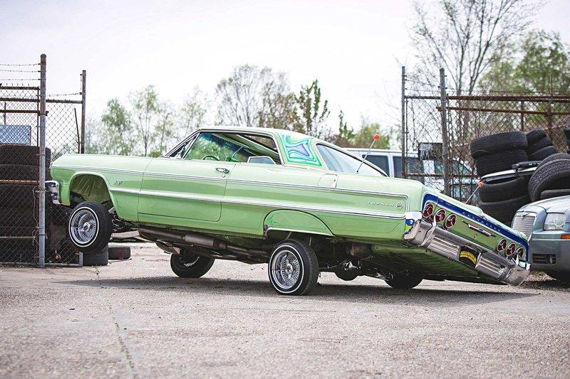 1964-chevrolet-impala-standing-three-wheel.jpg