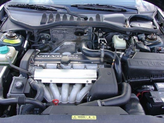 1996_volvo_850_4_dr_turbo_sedan-pic-40602-1600x1200.jpeg