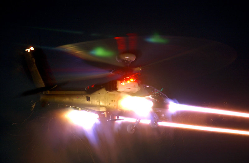British_Army_WAH-64_'Apache'_attack_helicopter_fires_a_salvo_of_CRV7_MOD_45141881.jpg