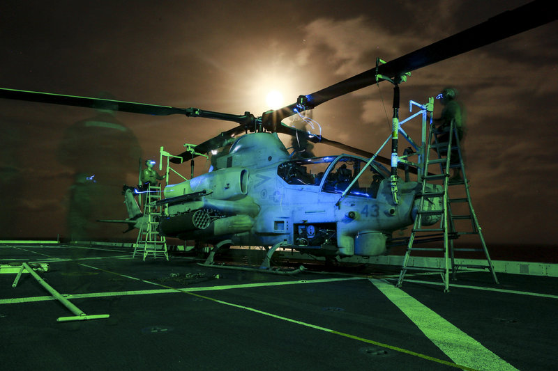 U.S._Marines_make_sure_helicopters_are_all_set_after_flight_150602-M-GC438-098.jpg