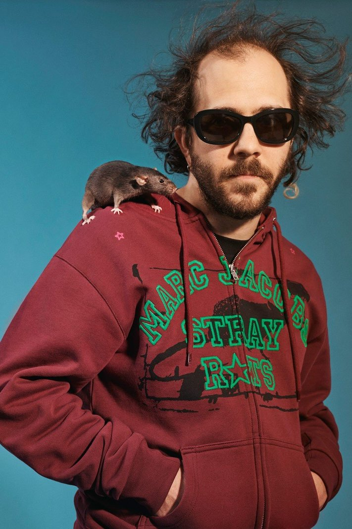 https _hypebeast.com_image_2020_01_marc-jacobs-stray-rats-collaboration-campaign-frank-ocean-4.jpg