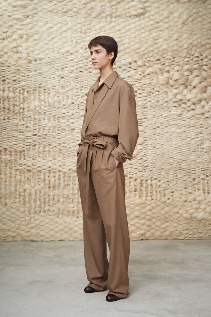 https _hypebeast.com_image_2020_01_lemaire-fall-winter-2020-menswear-collection-lookbook-31.jpg