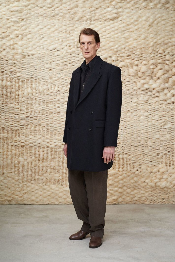 https _hypebeast.com_image_2020_01_lemaire-fall-winter-2020-menswear-collection-lookbook-6.jpg