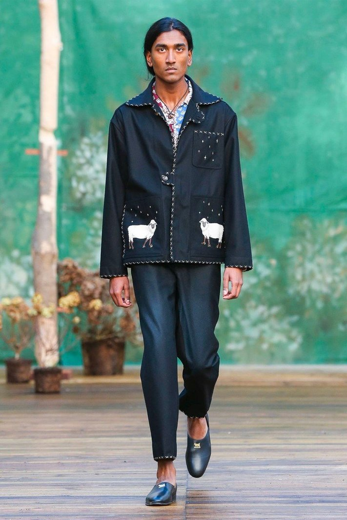 https _hypebeast.com_image_2020_01_bode-fall-winter-2020-collection-runway-paris-fashion-week-007.jpg