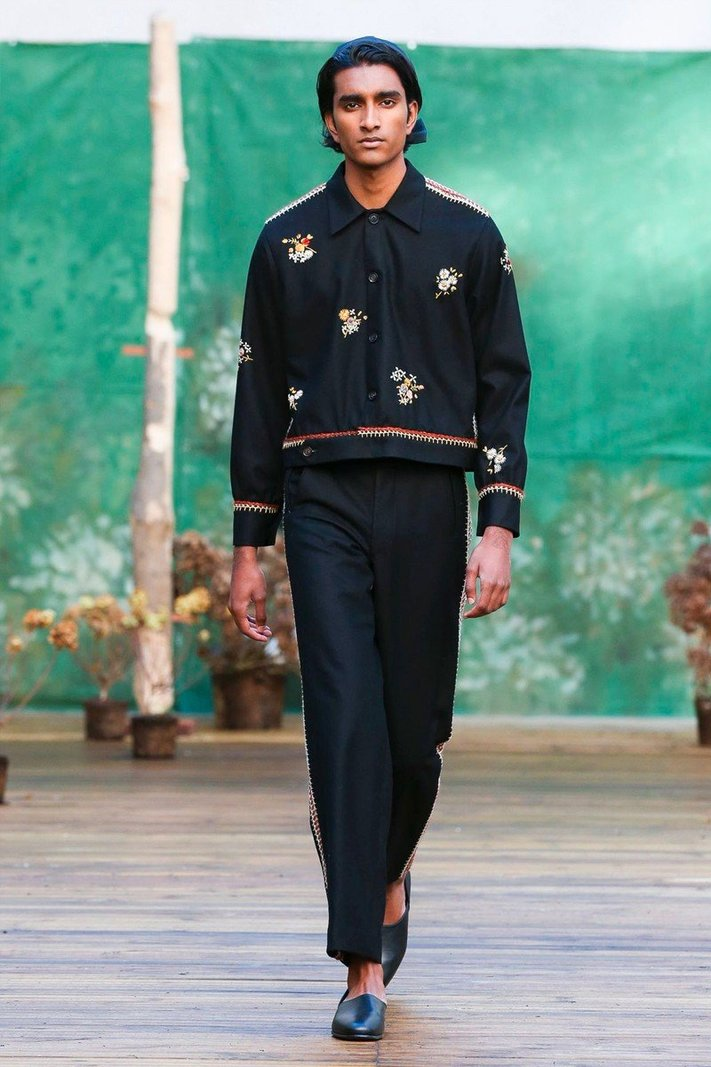 https _hypebeast.com_image_2020_01_bode-fall-winter-2020-collection-runway-paris-fashion-week-030.jpg