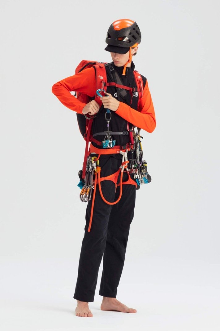 https _hypebeast.com_image_2020_02_karrimor-japan-spring-summer-2020-lookbook-001.jpg
