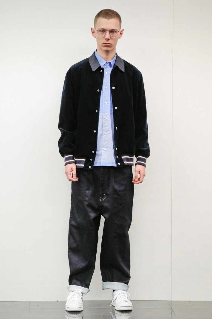https _hypebeast.com_image_2020_02_comme-des-garcons-homme-fall-winter-2020-2021-lookbook-024.jpg