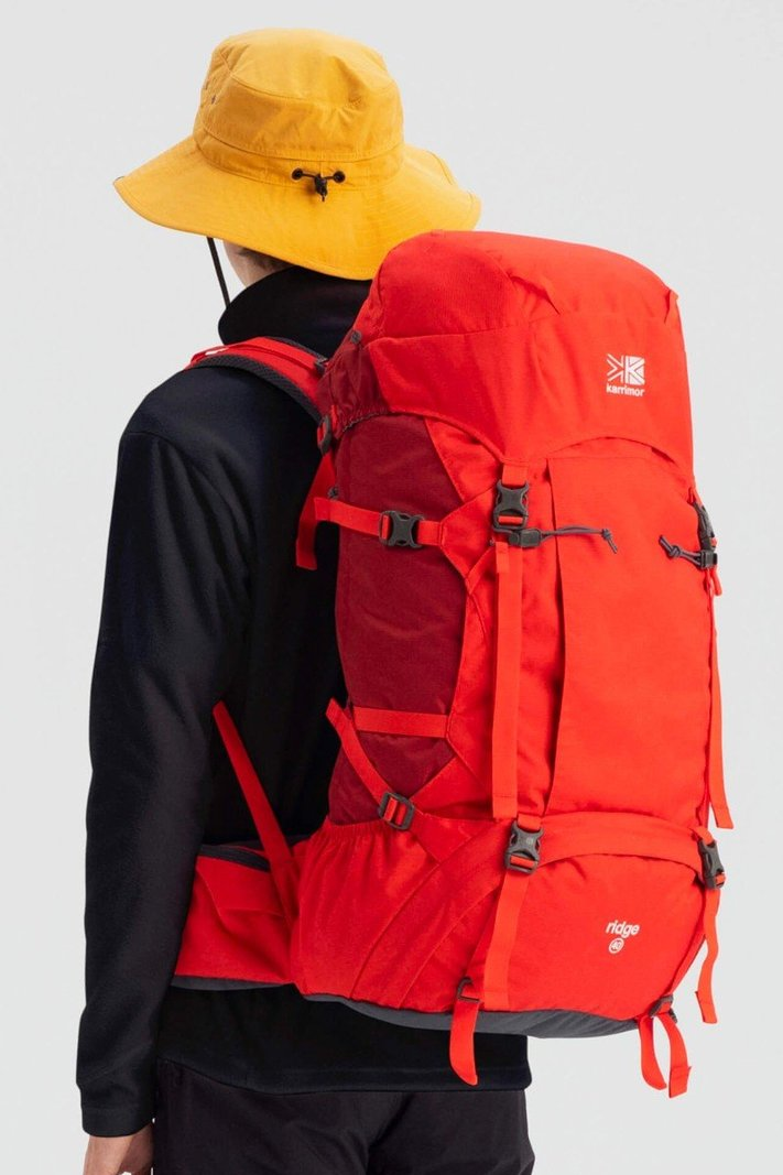 https _hypebeast.com_image_2020_02_karrimor-japan-spring-summer-2020-lookbook-018.jpg