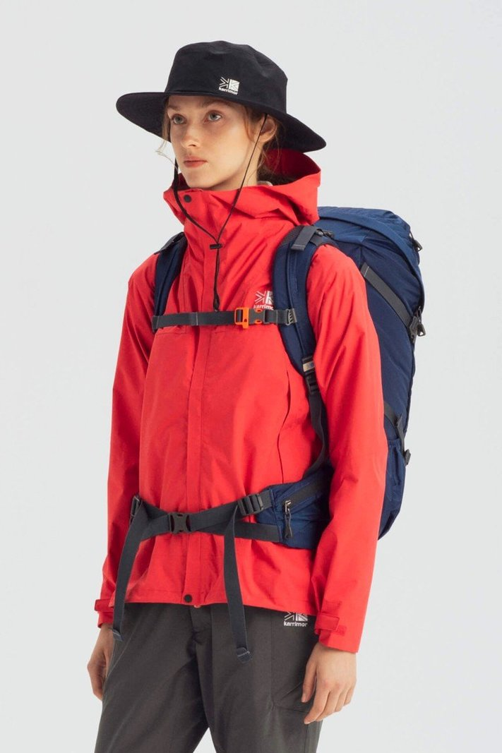 https _hypebeast.com_image_2020_02_karrimor-japan-spring-summer-2020-lookbook-019.jpg