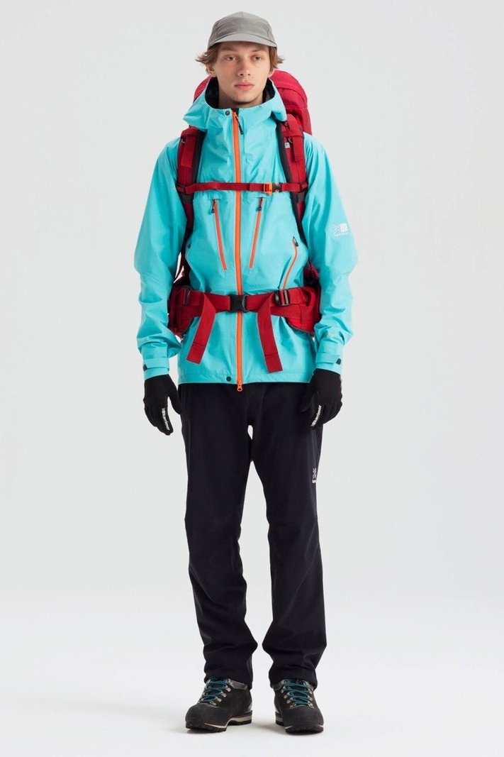 https _hypebeast.com_image_2020_02_karrimor-japan-spring-summer-2020-lookbook-008.jpg