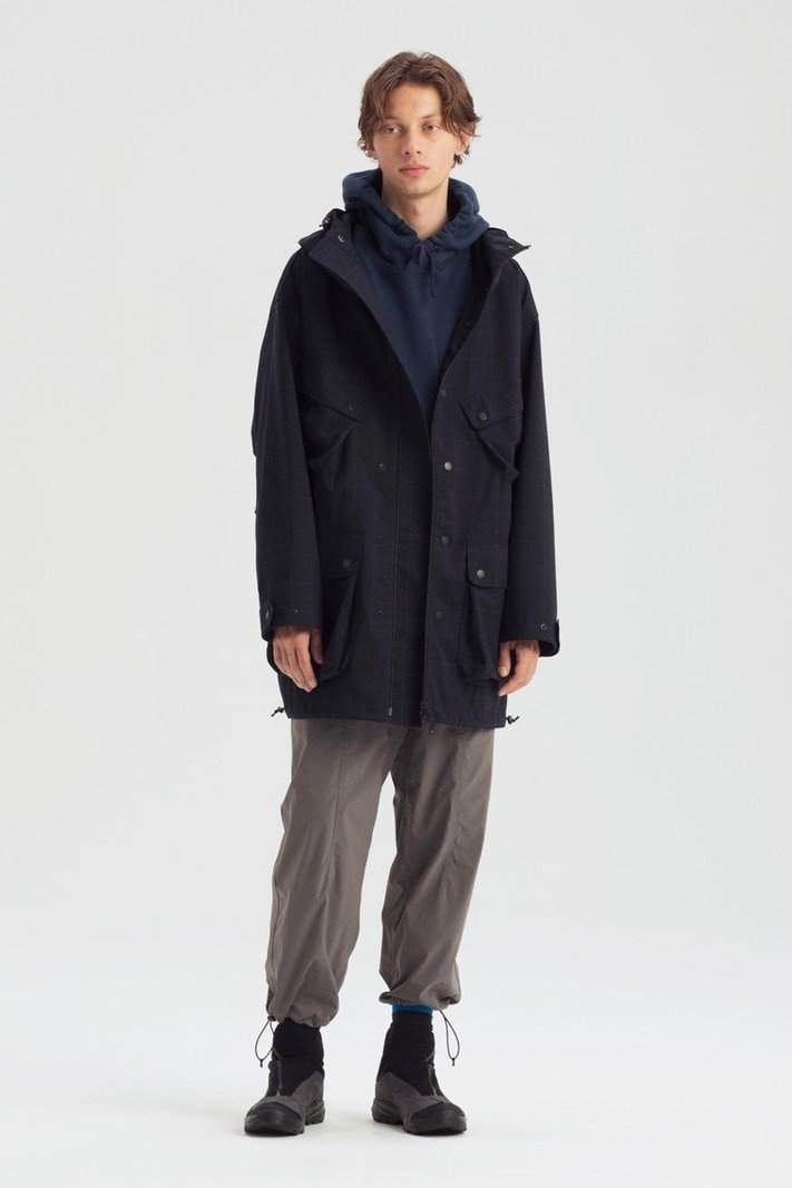 https _hypebeast.com_image_2020_02_karrimor-japan-spring-summer-2020-lookbook-011.jpg