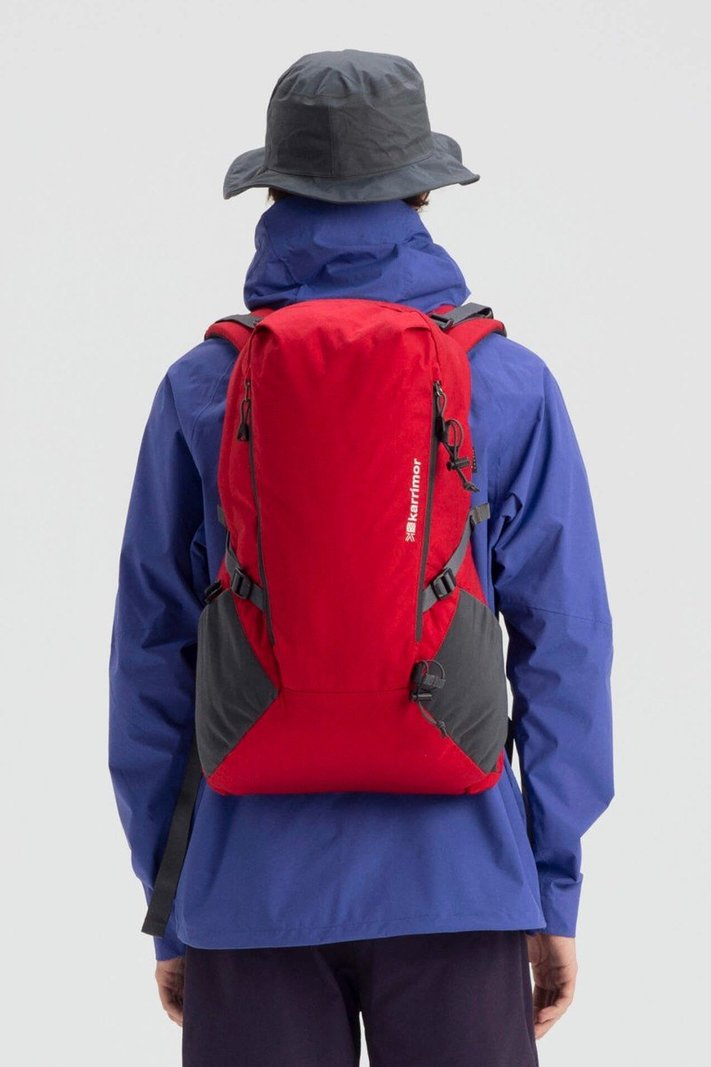 https _hypebeast.com_image_2020_02_karrimor-japan-spring-summer-2020-lookbook-020.jpg