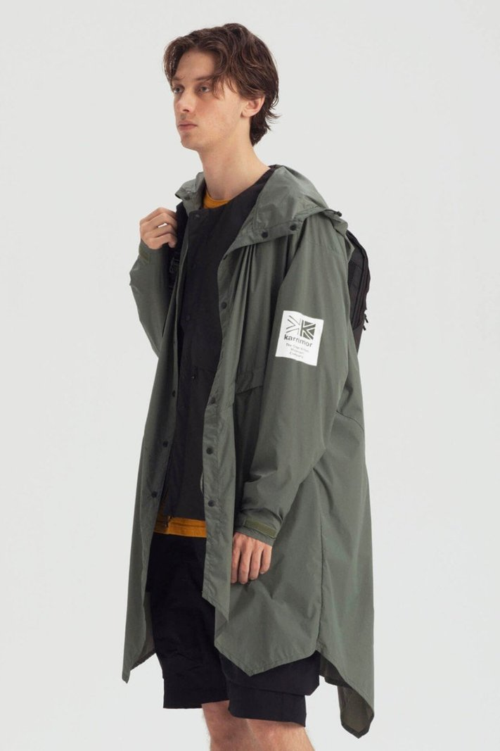 https _hypebeast.com_image_2020_02_karrimor-japan-spring-summer-2020-lookbook-028.jpg