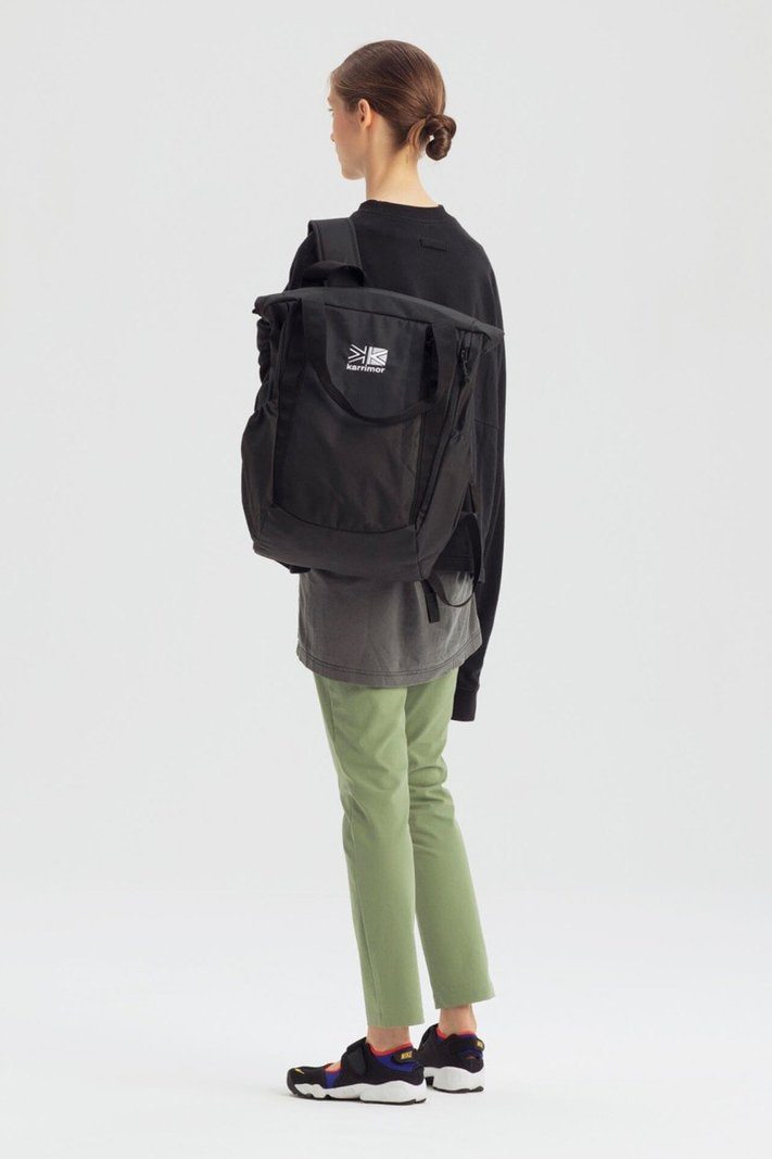 https _hypebeast.com_image_2020_02_karrimor-japan-spring-summer-2020-lookbook-014.jpg