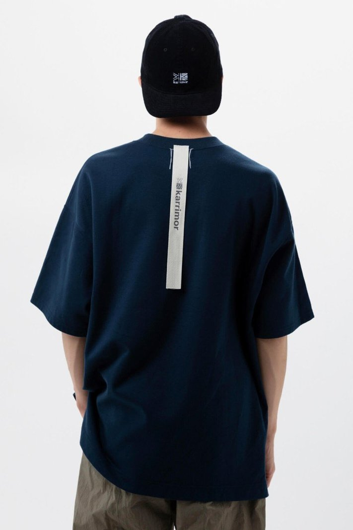 https _hypebeast.com_image_2020_02_karrimor-japan-spring-summer-2020-lookbook-029.jpg