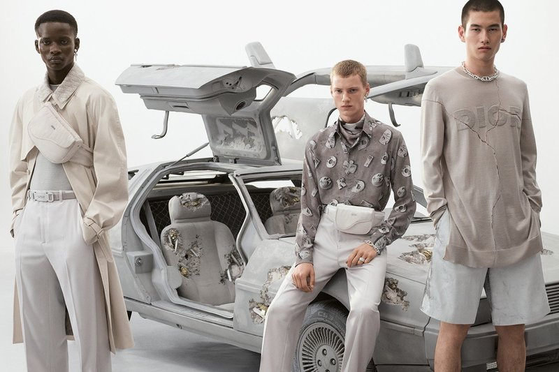 https _hypebeast.com_image_2020_02_dior-summer-2020-collection-campaign-daniel-arsham-kim-jones-04.jpg
