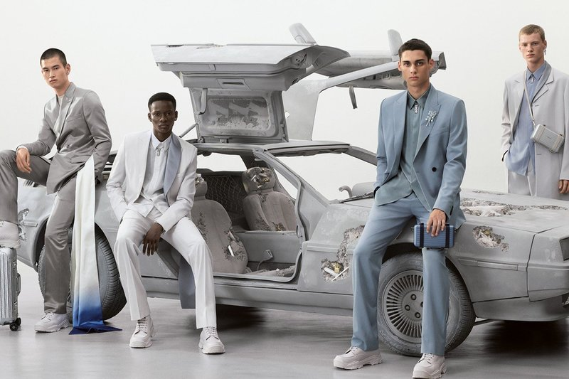 https _hypebeast.com_image_2020_02_dior-summer-2020-collection-campaign-daniel-arsham-kim-jones-02.jpg