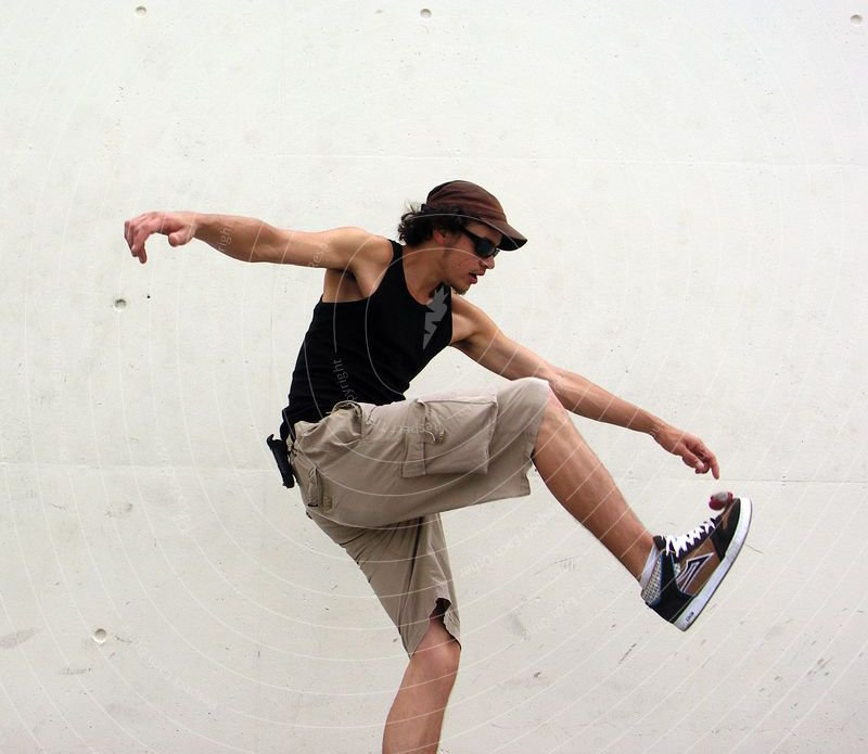 95115-footbag-i-hacky-sack-playing-sports-youth-young-adults-photocase-stock-photo-large.jpg.0923369b9fa517654bc84561cd36f93c.jpg