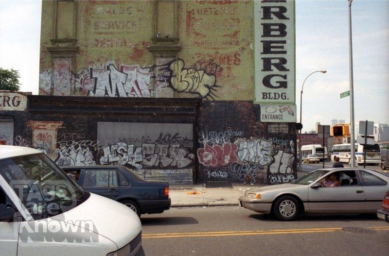 MN_Nov_Sak_NSK_Same_17_Graffiti.jpg
