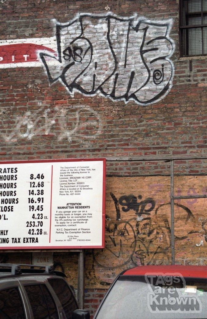 Same_Serif_Graffiti.jpg