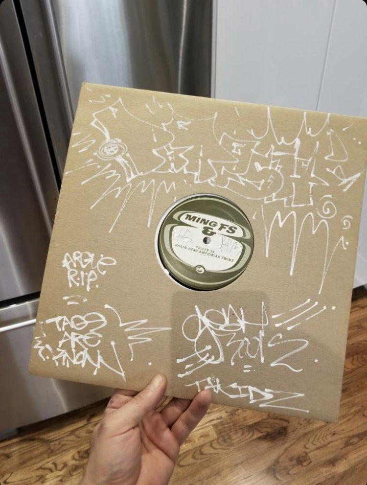 Record Inkhead Phresh Ming & FS Graffiti 1.jpeg