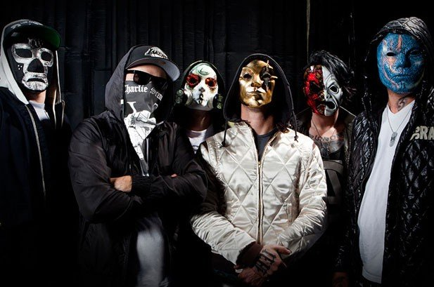 2695659-hollywood-undead-617-409-compressed.jpg