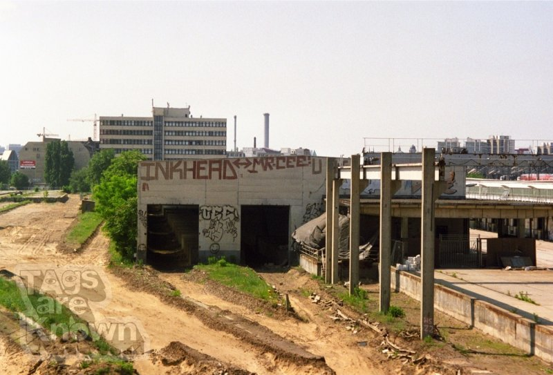 Berlin:Germany 2001-3 Graffiti Inkhead Byrs Cee Rollers 2.jpg