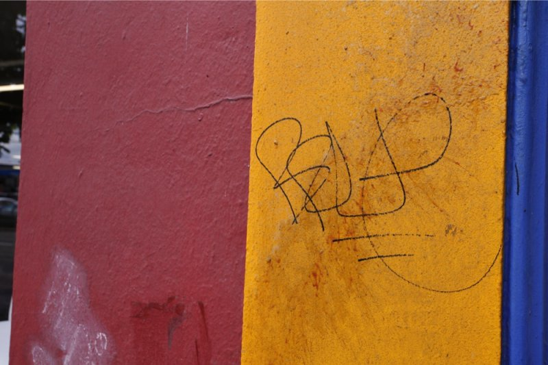 239382283_PortlandGraffitiBrue.thumb.jpg.0e4c253ebedd24e3ec162bbd48d89ab9.jpg
