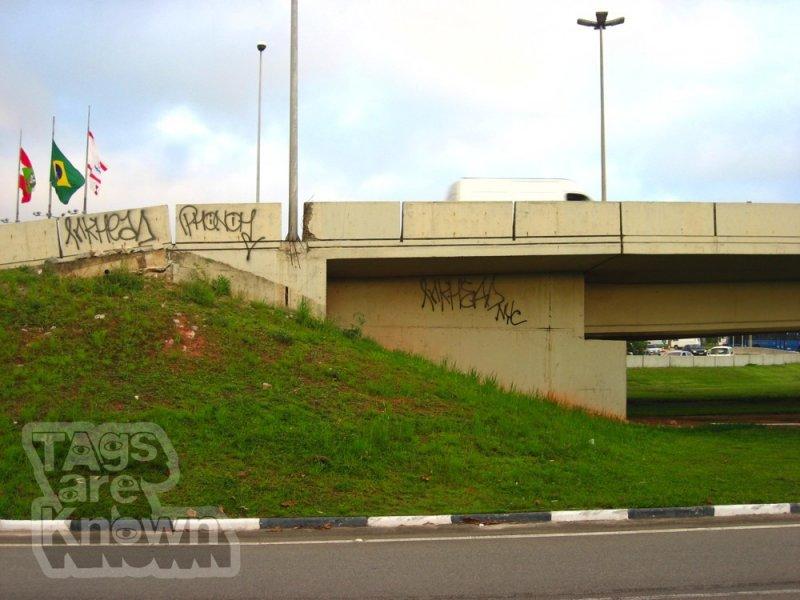 Brazil Graffiti Inkhead Phonoh 1.jpg