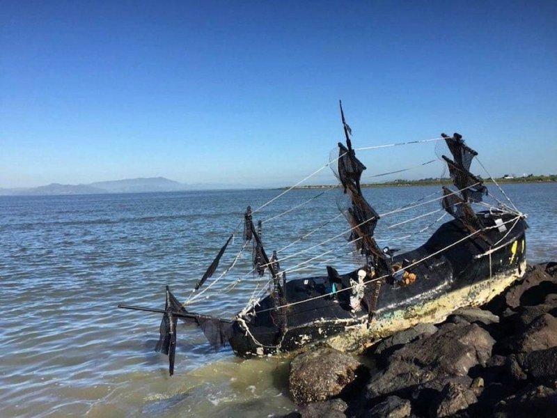 Chris_Edwards_Ghost-Ship_Emery-Bay.jpg