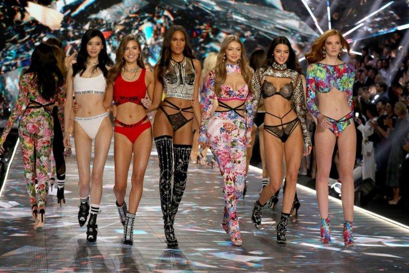 victorias-secret-fashion-show-ed-razek-trans-plus-size-models-comments.jpg